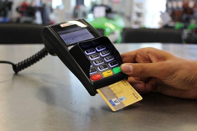消費者から見たクレジット決済のメリットとは?