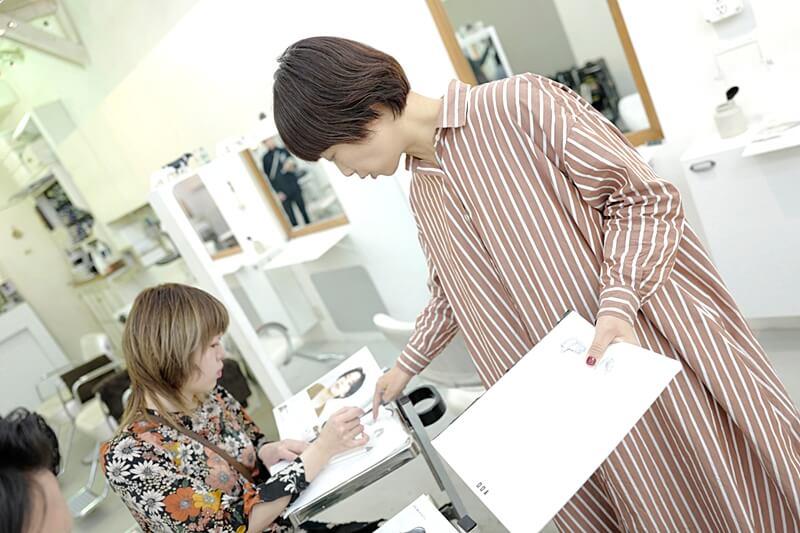 世田谷区豪徳寺の美容室『MOCCA』・朝練の様子